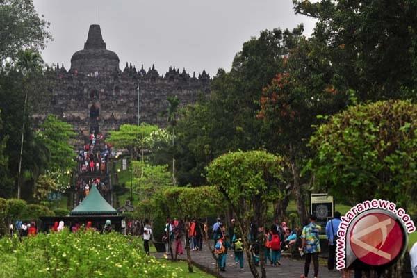 Pengunjung Borobudur Libur Lebarab Capai 322,980 Wisatawan