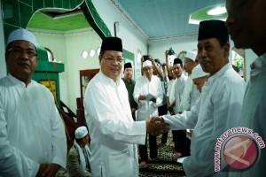 Rp2 Miliar Untuk Tempat Ibadah Dan Balai Adat