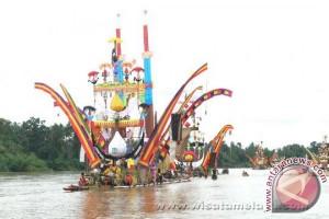 """Festival """"Parahu Baganduang"""""""