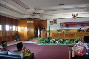 DPRD Setujui Raperda Hak Keuangan dan Administratif