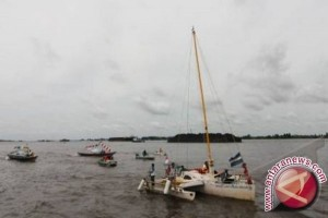 Kotabaru Support Yacht Race Tourist Destinations