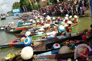 S Kalimantan to Organize Floating Market Culture Festival