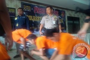 "Polisi Tangkap Pelaku ""Curanmor"" Di Pasar Ampah"