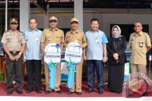 Herliati Raih  Mobil Agya Bank Kalsel