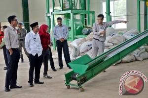 Bupati Dan Wakil Tinjau Pabrik Wood Pellet