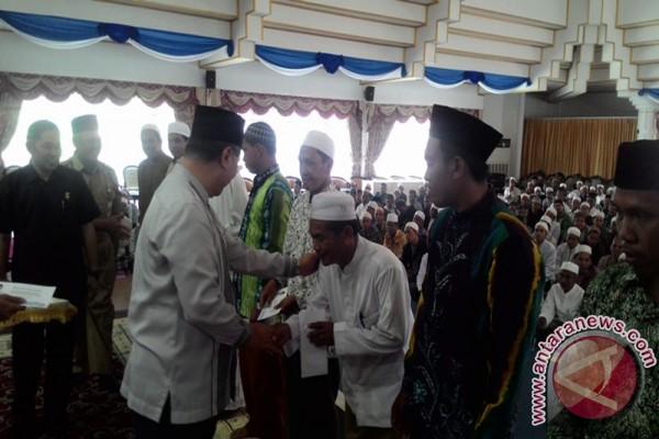 410 Guru Pesantren HST Dapat Insentif