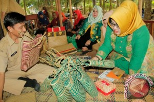 Banjarbaru develops environmentally friendly products