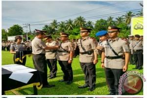 Beberapa Pejabat Polres HSS Mendapat Promosi