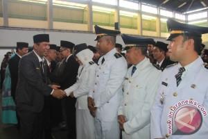 Sambut tahun Baru 2017, Latif Lantik 452 Pejabat