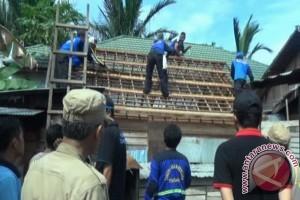 Bantuan Rehab Rumah Bagi 300 KK Kurang Mampu
