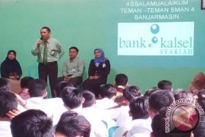 Berbagi Wawasan Perbankan Syariah Di Sekolah