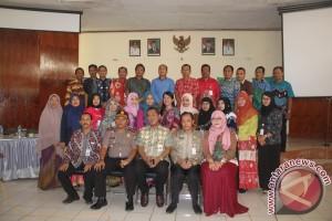 Petugas Kesehatan Harus Berkolaborasi Layani Masyarakat