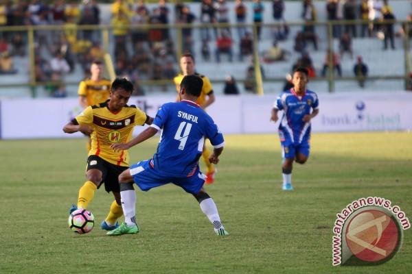 Barito Putera won 2-1 over Mitra Kukar