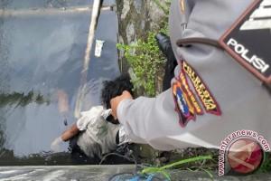 Satpam IAIN Antasari Banjarmasin Temukan Mayat Di Parit