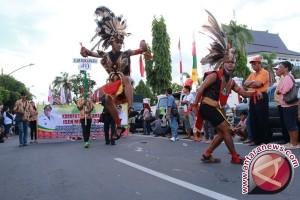 Kotim Targetkan Sukses Ganda Festival Isen Mulang