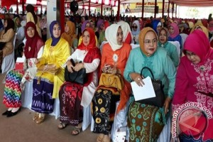 Hj Fatma Hadiri Hari Kartini Bersama Ibu Negara