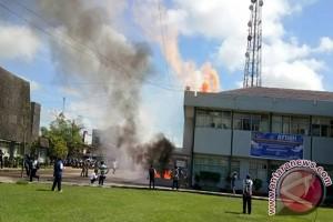 Kantor Bupati Nyaris Terbakar