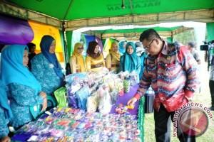 Mantimin Wakili Balangan Pada Lomba Desa Se-Kalsel 2017