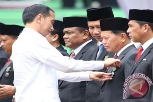 Presiden Berikan Penghargaan Pengembangan Pertanian Tapin