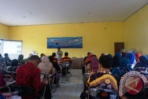 MGMP SMP Balangan Menggelar Workshop
