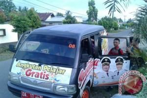 Pelajar Banjarbaru Menyukai Angkutan Gratis