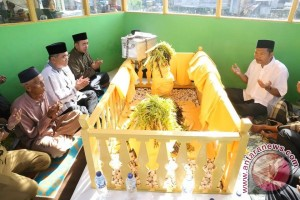 Jelang Ramadhan Bupati Ziarah Makam Ulama dan Habaib