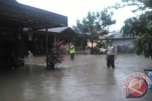 68 Rumah Di Tapin Terendam Banjir Lumpur