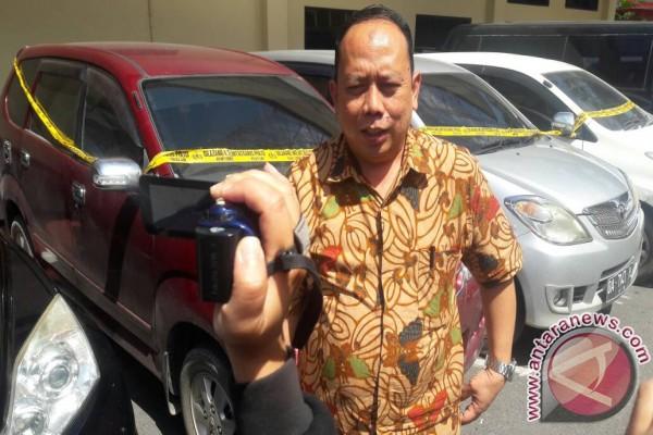 Polda Kalsel Tangkap Penjual Mobil Bodong