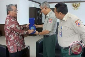 Bupati HSS Bangun Sinergitas Dengan BNPB Pusat