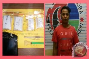 Pengedar Narkoba Di Banjarmasin Ditangkap Saat Transaksi