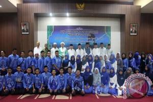 Wabup Buka Puasa Bersama Mahasiswa HSS