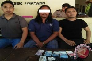 Pengedar Sembunyikan Carnophen di Pelepah Kelapa Ditangkap