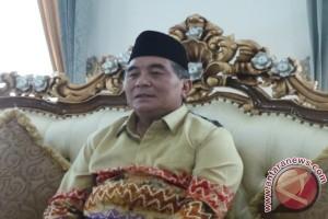 Achmad Fikry Kembali Mendaftar Cabup HSS