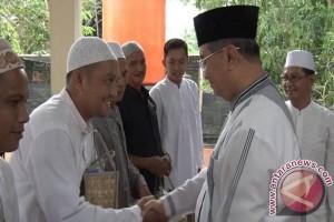 Bupati HSS Buka Bersama Karyawan Dispera KPLH