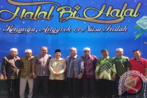 Bupati HSS Hadiri Halal Bi Halal Warga Kenanga Nusa Indah
