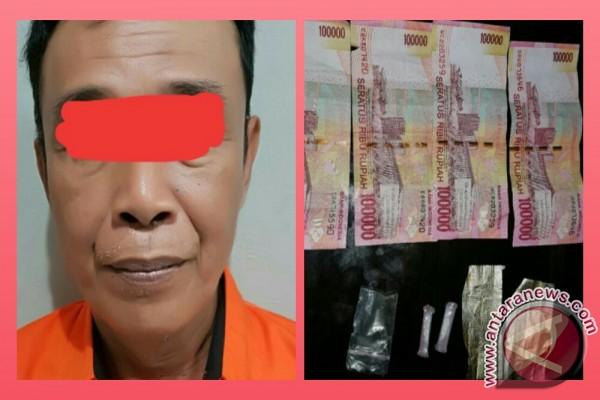 Polisi Sita Dua Paket Sabu-sabu Dari Pengedar