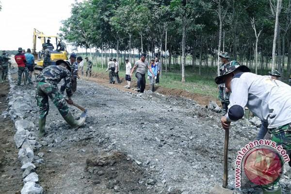 Jalan Batulicin - Loksado Tunjang Perekonomian Kalsel