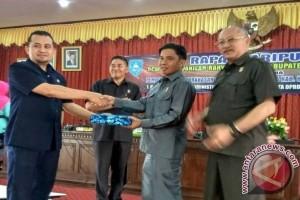 Pemkab HSS Ajukan Raperda Hak Keuangan dan Administratif DPRD