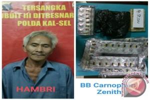 Polisi Tangkap Kakek Simpan 1.030 Butir Zenith