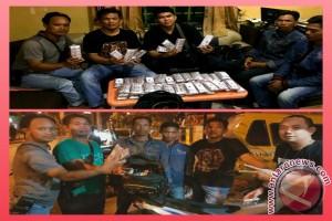 Polsekta Banjarmasin Utara Tangkap Pembawa 51 Box Obat Zenith