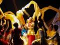 Salah satu lakon teater Pandawa dalam rangkaian Karasminan Banua 2017 di Balairungsari Taman Budaya Kalsel, Jumat (11/8). Foto Antaranews Kalsel/Herry Murdy Hermawan