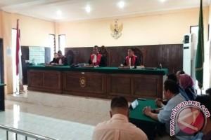Majlis Hakim Tolak Gugatan Anak Kepada Bapaknya
