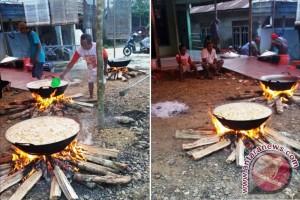 Budaya Gotong Royong Dan Mengawah Kian Pudar