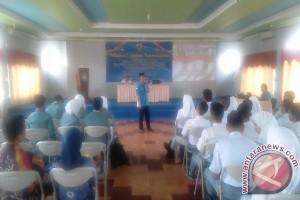 100 Orang Pemuda HSS Ikuti Seminar KNPI
