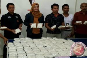 Polsek KPL Sita 69.000 Butir Zenith Dari Ekspedisi