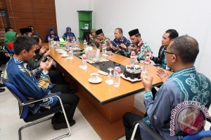 Bank Kalsel Syariah Siapkan Program Ekonomi Kemitraan Bersama