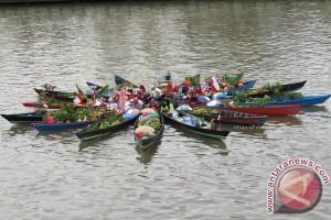 Festival Budaya Pasar Terapung Sedot 14.400 Pengunjung