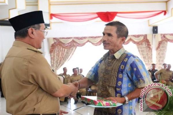 Pemkab HSS Gelar Pelepasan Purna Tugas 165 Aparat Desa