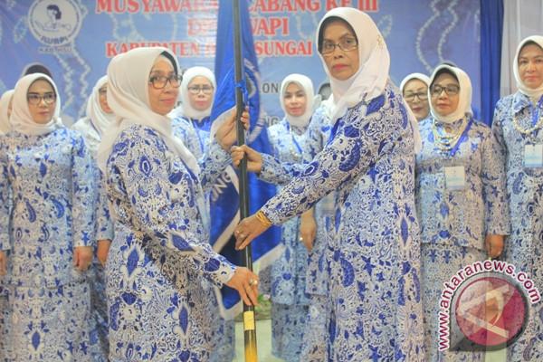 Emma Dida Kembali Pimpin DPC IWAPI HSU