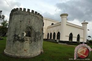 Pemkab Kembangkan Wisata Sejarah Inderapura